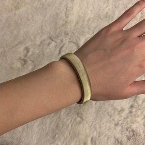 Marc Jacobs Gold Accordion Stretch Metal Bracelet
